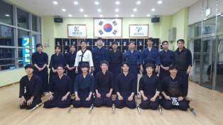 용인대학교 출신 검사들과 검도합동연무