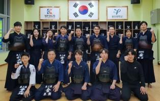 SBS검도왕대회 3위 및 전국검도대회 개인전 우승 제자들과